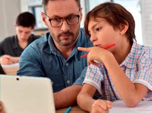 Was Sie wissen sollten – Festhalten im Klassenraum